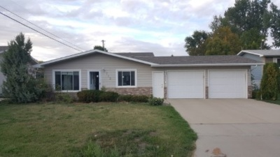 Minot Single Family Home For Sale: 712 NW 25th Ave