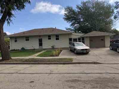 Single Family Home For Sale: 6 SE 16th Avenue