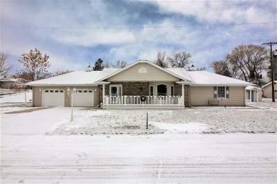 Burlington Single Family Home For Sale: 106 Grace St.