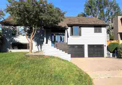 minot Single Family Home For Sale: 1413 11th St