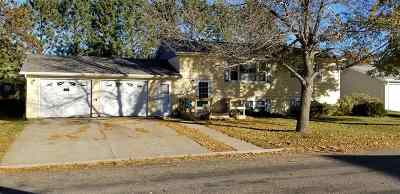 Minot Single Family Home For Sale: 2512 9th St NW