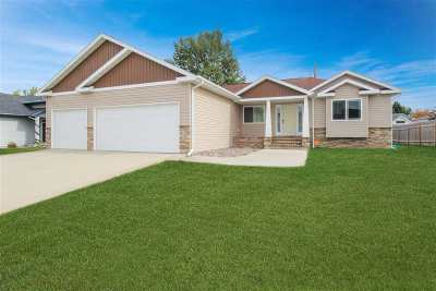 Bottineau County, Burke County, Divide County, McHenry County, McLean County, Mountrail County, Pierce County, Ramsey County, Renville County, Rolette County, Ward County, Wells County, Williams County Single Family Home For Sale: 1312 NW 27th St