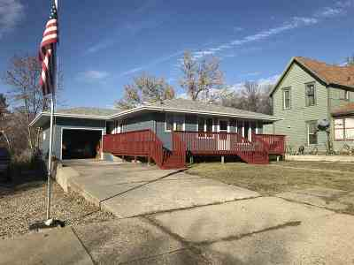 Kenmare ND Single Family Home For Sale: $120,000
