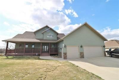 Minot Single Family Home For Sale: 1728 Dakota Drive SW