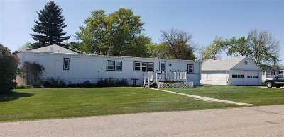 Single Family Home For Sale: 301 NW Stevenson St.