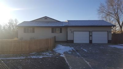 Minot ND Single Family Home Contingent - Hi: $143,000