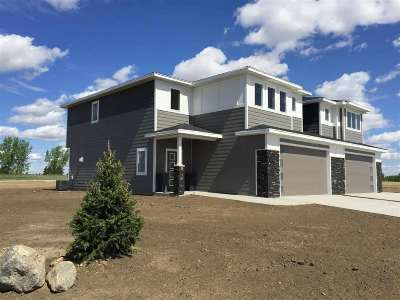 Minot ND Single Family Home For Sale: $249,900