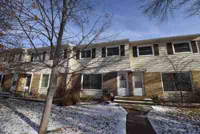 Minot Townhouse For Sale: 2004 NW 9th St.