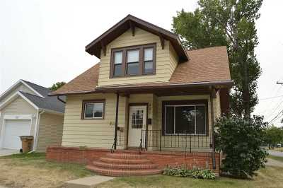 Minot Single Family Home For Sale: 521 NW 2nd Ave