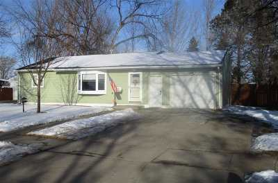 Bottineau County, Burke County, Divide County, McHenry County, McLean County, Mountrail County, Pierce County, Ramsey County, Renville County, Rolette County, Ward County, Wells County, Williams County Single Family Home For Sale: 500 24th Avenue NW