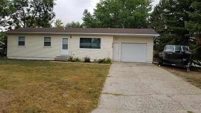 Bottineau County, Burke County, Divide County, McHenry County, McLean County, Mountrail County, Pierce County, Ramsey County, Renville County, Rolette County, Ward County, Wells County, Williams County Single Family Home For Sale: 334 NE 6th Street