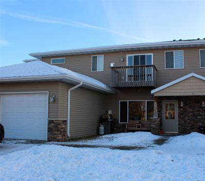 Bottineau County, Burke County, Divide County, McHenry County, McLean County, Mountrail County, Pierce County, Ramsey County, Renville County, Rolette County, Ward County, Wells County, Williams County Condo For Sale: 19 SW 43 Ave #1