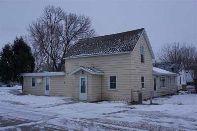 Minot Single Family Home For Sale: 816 39th St SE