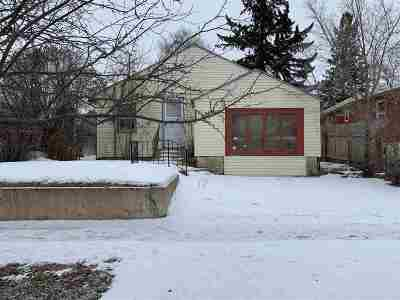 Minot Single Family Home For Sale: 1217 NE 6th Ave