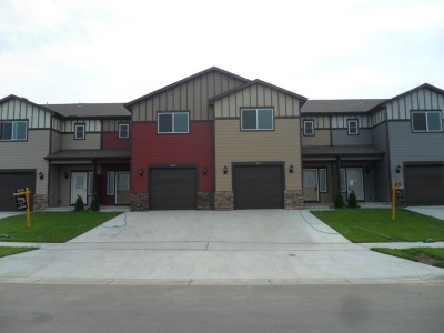 Minot ND Townhouse For Sale: $259,900
