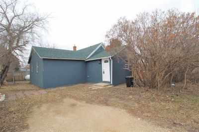 Granville Single Family Home For Sale: 206 3rd St SW