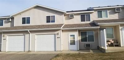 Minot Condo For Sale: 2047 14th St NW