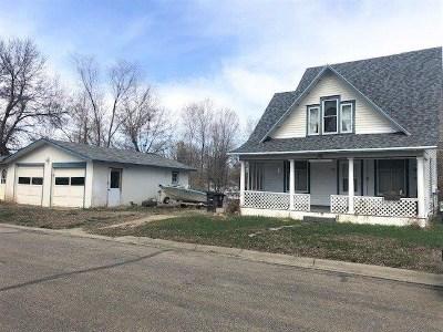 Velva Single Family Home For Sale: 206 3rd Ave W