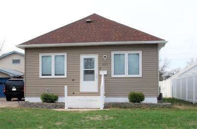 minot Single Family Home For Sale: 1055 Central Ave W