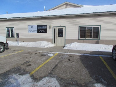 Minot ND Commercial Lease For Lease: $2,250