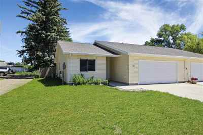 Bottineau County, Burke County, Divide County, McHenry County, McLean County, Mountrail County, Pierce County, Ramsey County, Renville County, Rolette County, Ward County, Wells County, Williams County Townhouse For Sale: 608 11th St. NW
