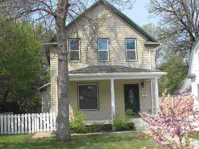 Minot Single Family Home For Sale: 104 SE 6th St