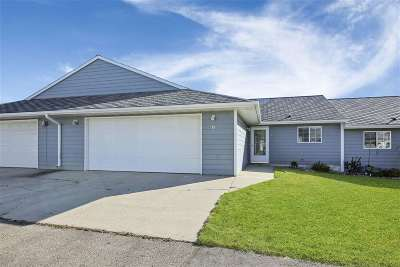 Minot ND Condo For Sale: $199,900