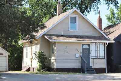 minot Single Family Home For Sale: 606 E Central Ave.