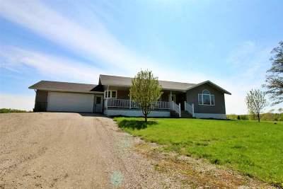 Lake Metigoshe Single Family Home For Sale: 324 Birchwood Heights