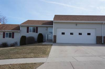 Minot Condo For Sale: 1603 Foothills Rd SW
