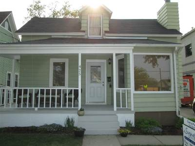 Minot Single Family Home For Sale: 425 NW 1st St NW