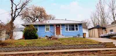 Minot Single Family Home For Sale: 405 10th Ave