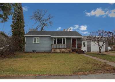 Velva Single Family Home For Sale: 305 W 4th St
