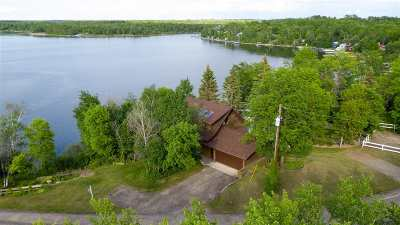 Single Family Home For Sale: 2990 Lake Loop Rd