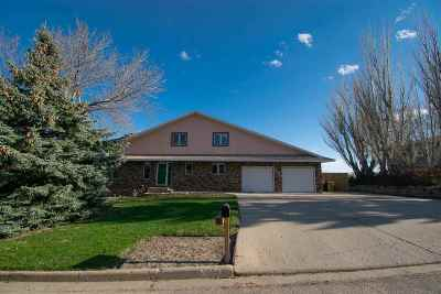 minot Single Family Home For Sale: 2509 NW Bel Air Ct