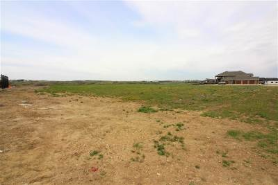 Minot Residential Lots & Land For Sale: 32 Valley Bluffs Court