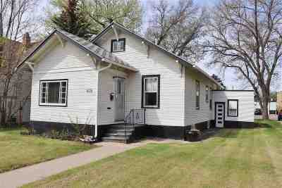 Minot ND Single Family Home For Sale: $104,900