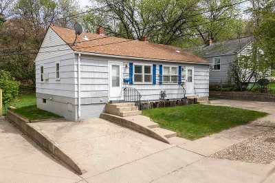 Bottineau County, Burke County, Divide County, McHenry County, McLean County, Mountrail County, Pierce County, Ramsey County, Renville County, Rolette County, Ward County, Wells County, Williams County Multi Family Home For Sale: 609 & 611 SE 5th St