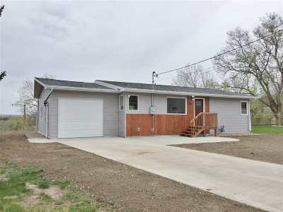 Minot Single Family Home For Sale: 1114 4th St. NE