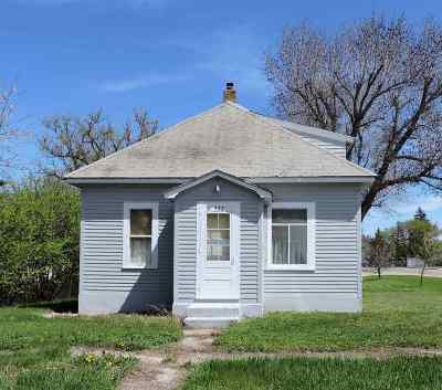 Single Family Home For Sale: 537 1st St SW
