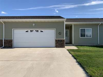 Minot ND Townhouse For Sale: $199,900