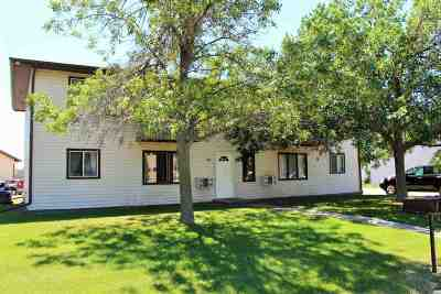 Minot ND Multi Family Home For Sale: $207,900