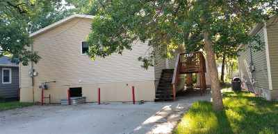 minot Single Family Home For Sale: 416 NW 7th St