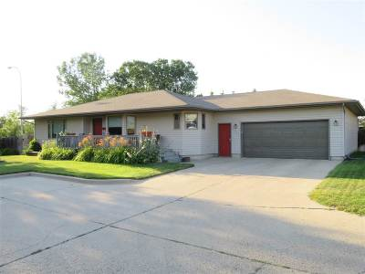 Minot Single Family Home For Sale: 1304 SW 12th Ave
