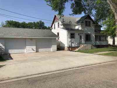 Single Family Home For Sale: 201 NW 5th St