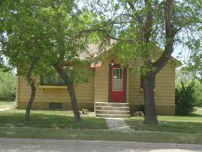 Stanley Single Family Home For Sale: 520 SE 4th St