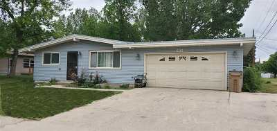 Minot Single Family Home For Sale: 505 20th Street SW