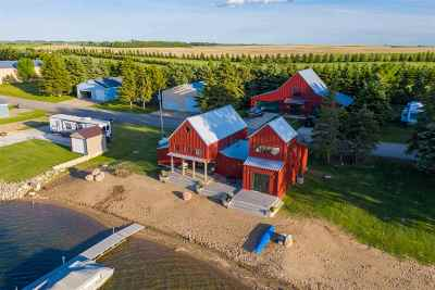 Bottineau County, Burke County, Divide County, McHenry County, McLean County, Mountrail County, Pierce County, Ramsey County, Renville County, Rolette County, Ward County, Wells County, Williams County Single Family Home For Sale: 234 S Rice Lake Road