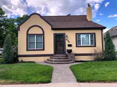 Bottineau County, Burke County, Divide County, McHenry County, McLean County, Mountrail County, Pierce County, Ramsey County, Renville County, Rolette County, Ward County, Wells County, Williams County Single Family Home For Sale: 620 3rd Ave NW