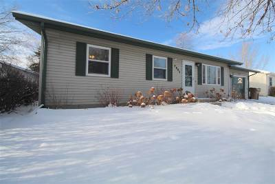Bottineau County, Burke County, Divide County, McHenry County, McLean County, Mountrail County, Pierce County, Ramsey County, Renville County, Rolette County, Ward County, Wells County, Williams County Single Family Home For Sale: 2605 NW 8th Street